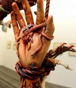 выставка ужасы ада