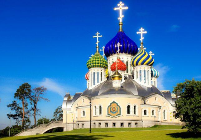Собор святого князя Игоря Черниговского в Переделкине (2)
