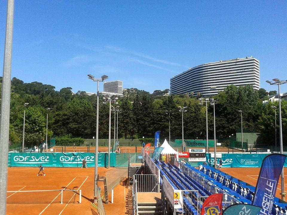 Теннисный клуб в Марселе