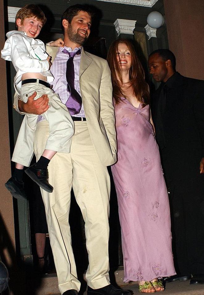 Джулианна Мур в платье от Prada
