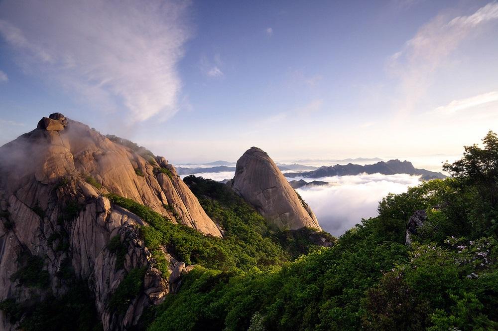 Гора-Букхансан