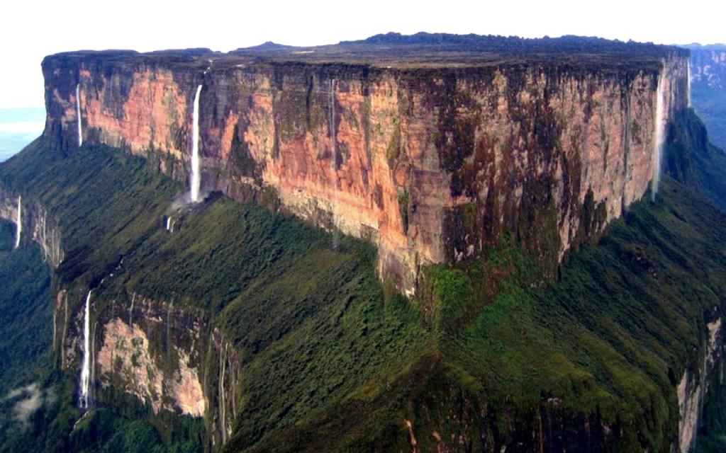 Фантастические места на планете: гора Рорайма (Венесуэла)