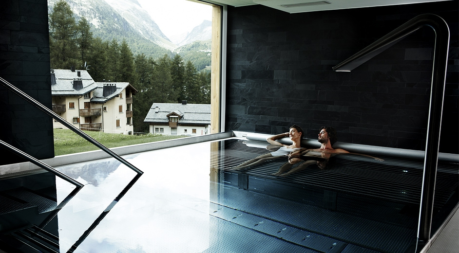 1alpina-pool-landscape-942
