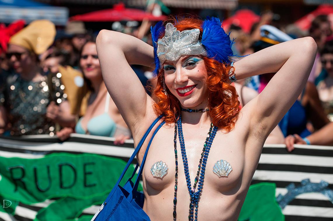 Нью-Йорк: Парад русалок