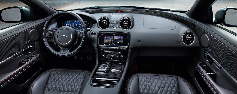Jaguar-XJR575
