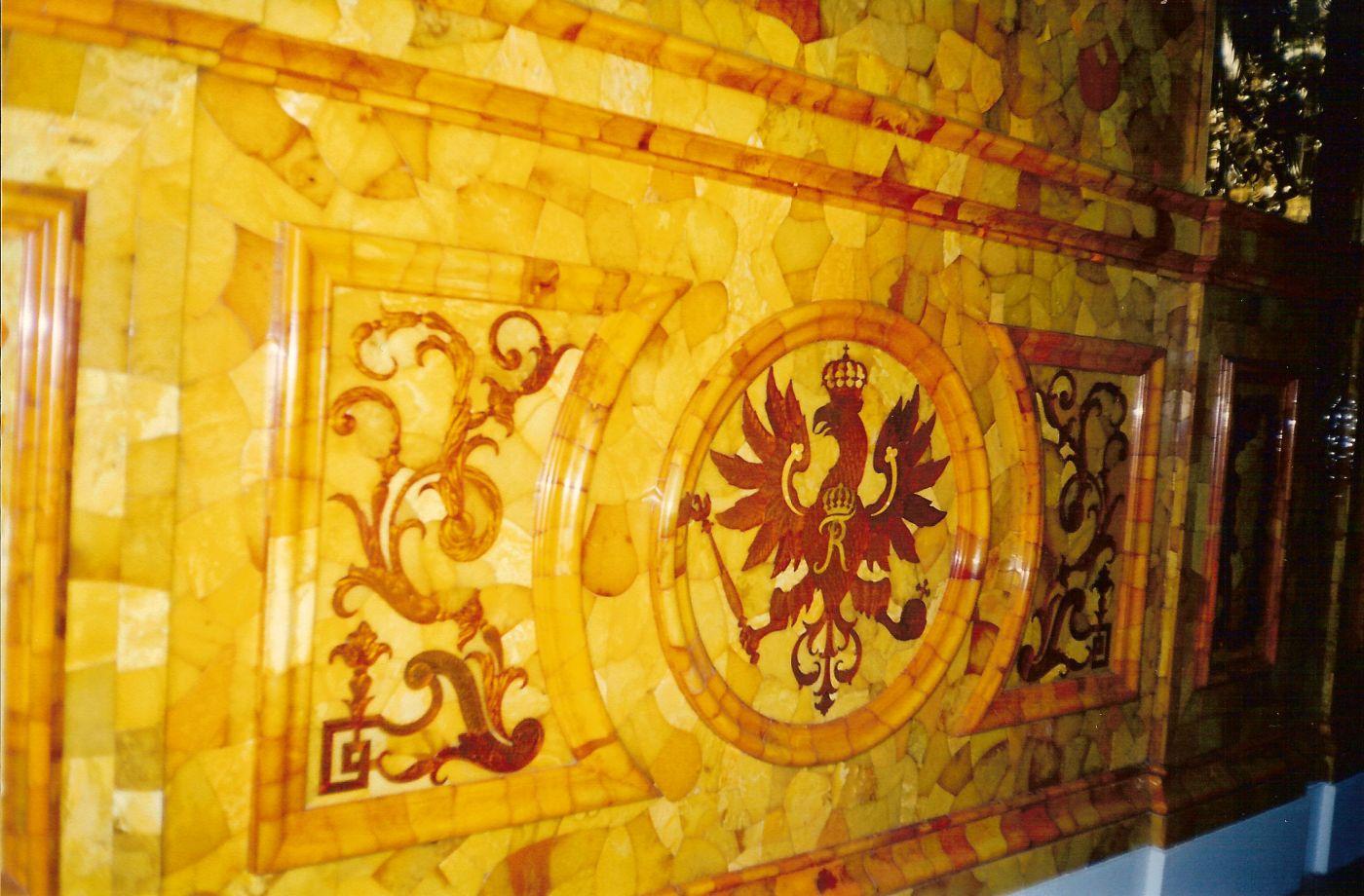 восстановление янтарной комнаты
