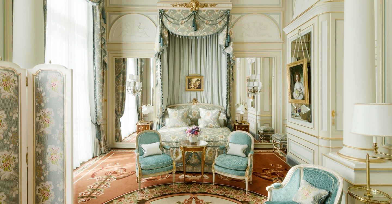 Старинная гостиница Ritz Paris обретала новую жизнь