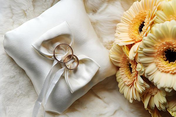 Свадебные юбилеи, подарки на годовщины свадеб