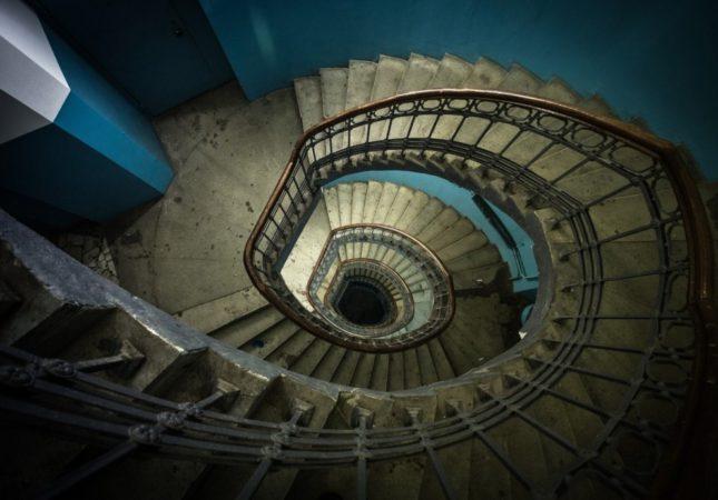 Останкинская телебашня, винтовая лестница