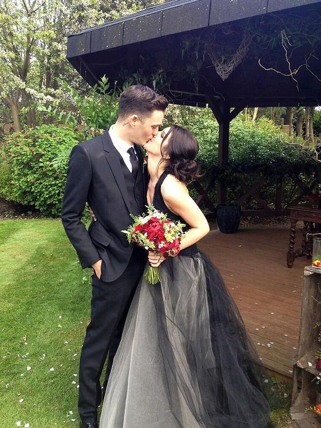 Шенэй Граймс в свадебном платье Vera Wang
