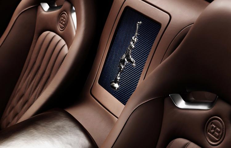 Эксклюзивная модель Ettore Bugatti Legend Edition