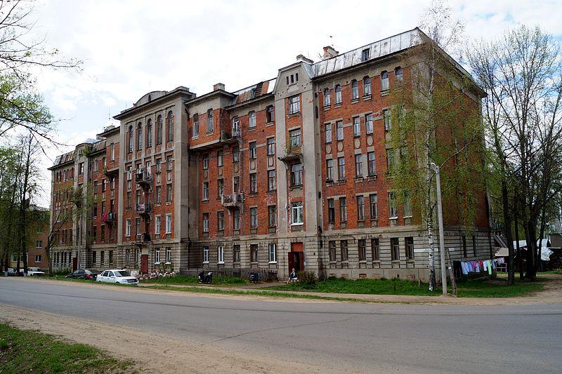 Дом для своих рабочих на 40 квартир построил фабрикант Понизовкин