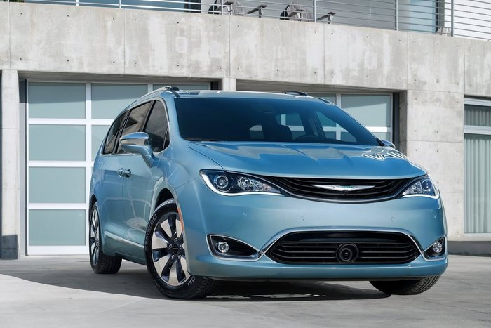 chrysler-pacifica_2017