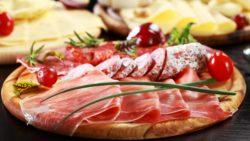 Мясные деликатесы: национальная кухня в тренде
